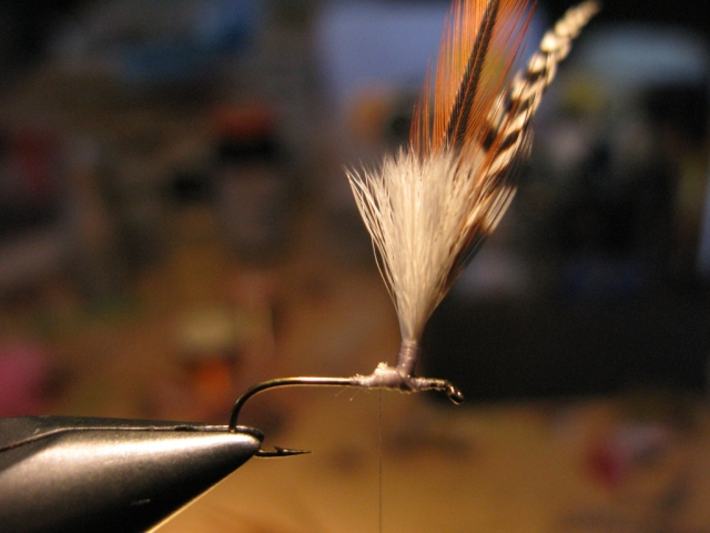 Vise jaws returned to upright position, ready to attach the tail fibers.