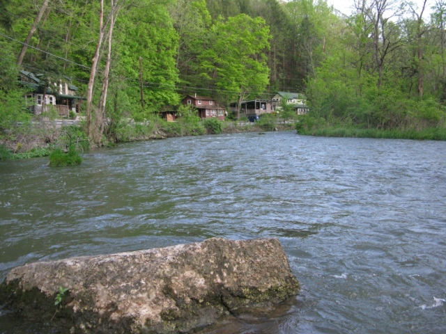 Upstream view of the Graystone section, great pocket water.