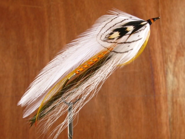 White Ghost streamer, Carrie Stevens pattern tied and photographged by Don Bastian. The hook is a size #1 - 8x long Gaelic Supreme Martinek / Stevens Rangeley Style Streamer.